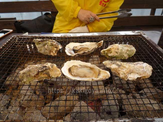 糸島の牡蠣小屋 豊久丸